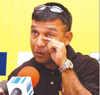 Tearful Khaled Mahmud announces retirement