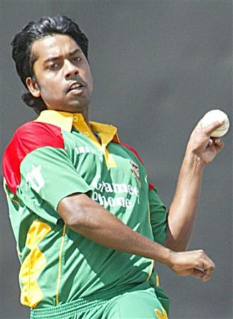 Syed Rasel's fiery opening burst pegged back the Kenyans. Bangladesh vs. Kenya, ODI-2, August 13, 2006
