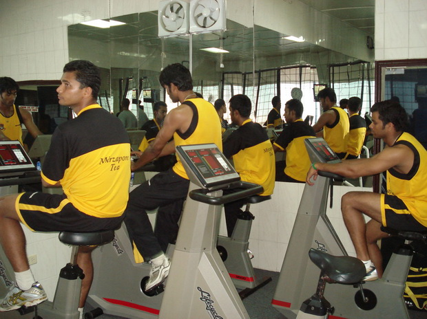 Mashrafe Bin Mortaza, Shahadat Hossain, Syed Rasel and Abdur Razzak in the cycling room. � TigerCricket.com